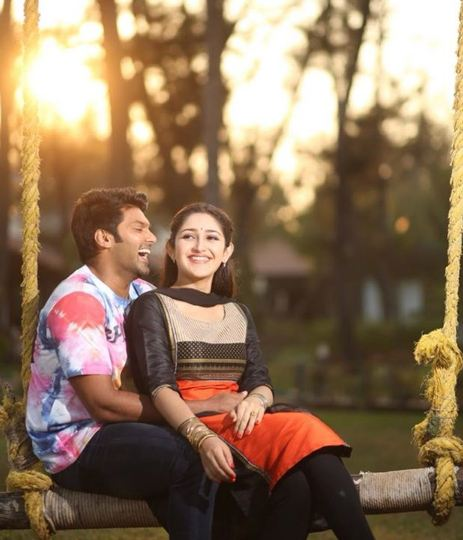 sayesha saigal with husband arya